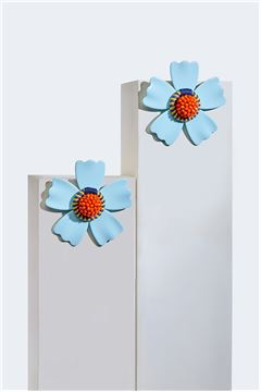 Cyan L'aster Acrylic Flower Stud Earrings