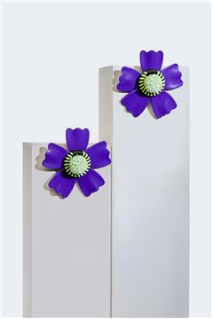 Lavande L'aster Acrylic Flower Stud Earrings