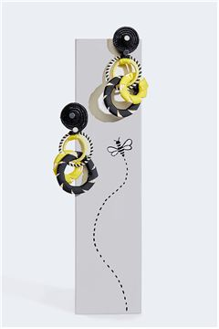Honeybee Interlocked Double Hoop Earrings