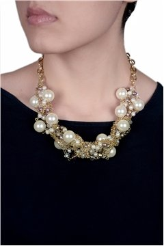 Stylish White Pearls Necklace